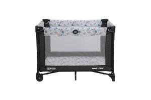 the front side of a graco playard with automatic folding feet