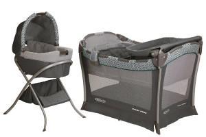 a full set of the Graco Day2Night Sleep pack n play