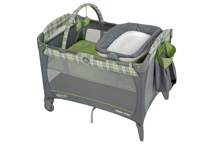 another look at the graco playard with reversible napper changer