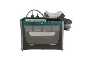 a front view on a Graco Smart Station playard