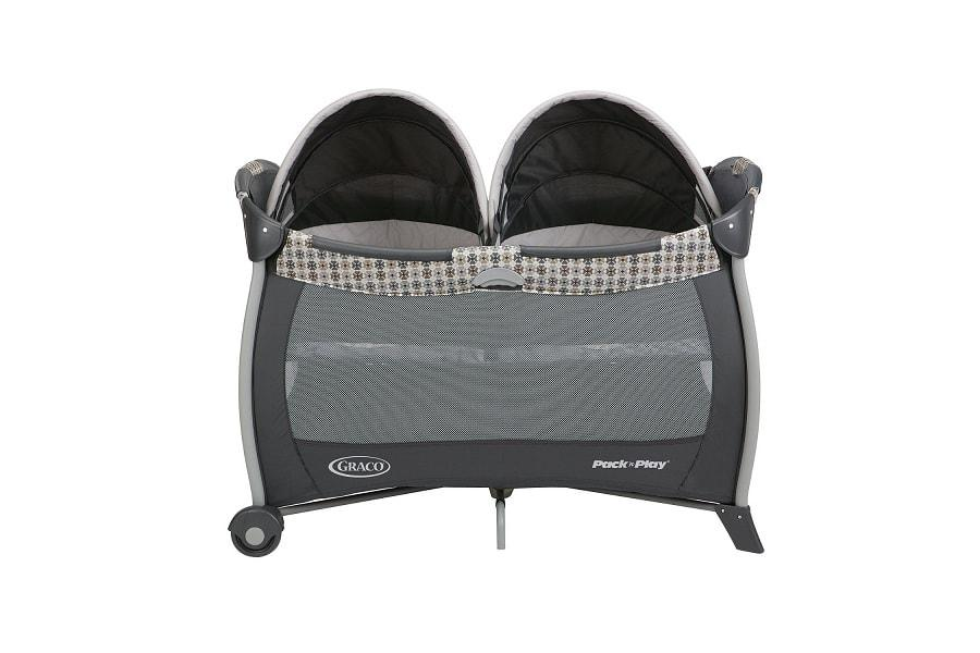 Top 6 Best Pack And Play Playards With Bassinet